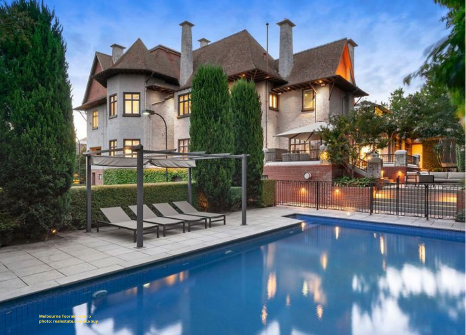Home Prices in Australia's Wealthiest Suburbs Continue to Surge Despite Pandemic